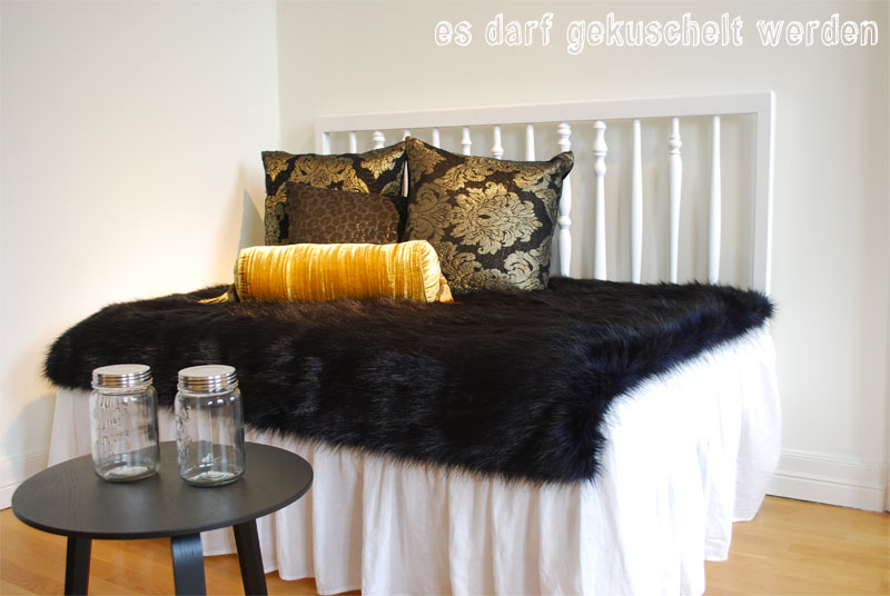 h m showroom berlin ein zimmer voller bilder. Black Bedroom Furniture Sets. Home Design Ideas
