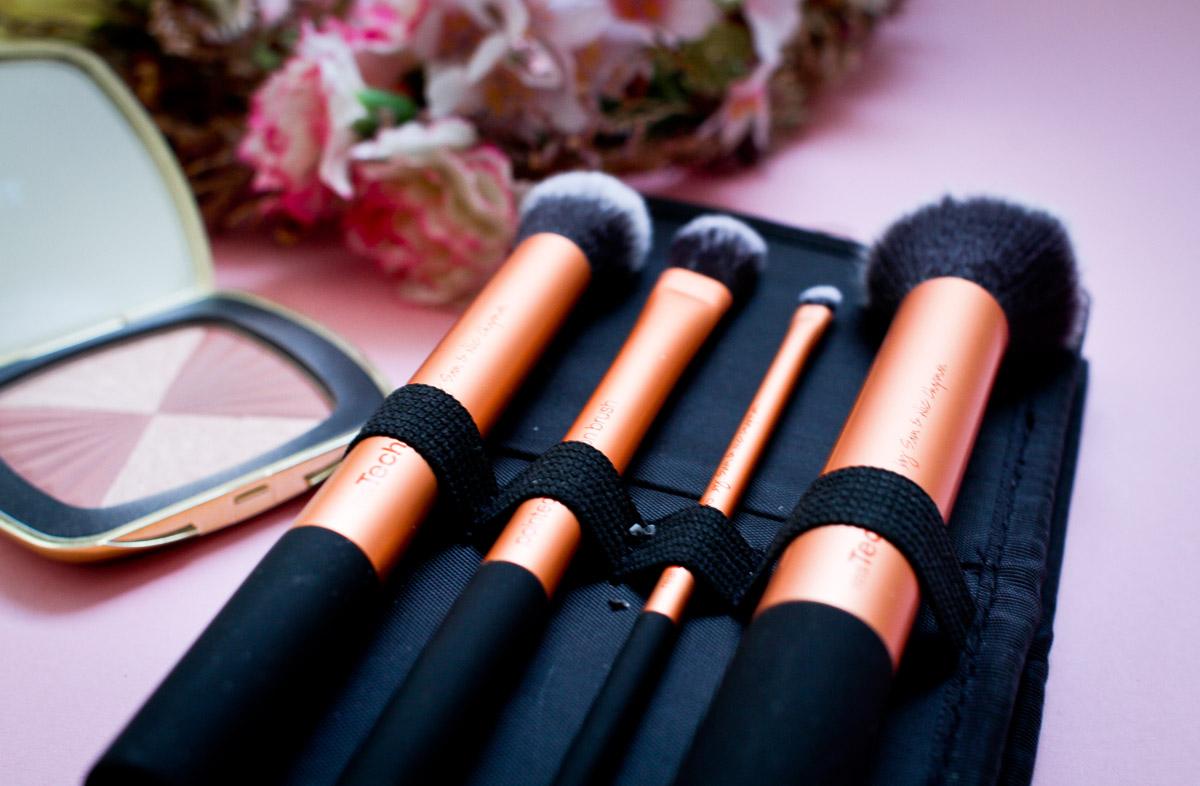 pinsel-make-up-contouring-blending