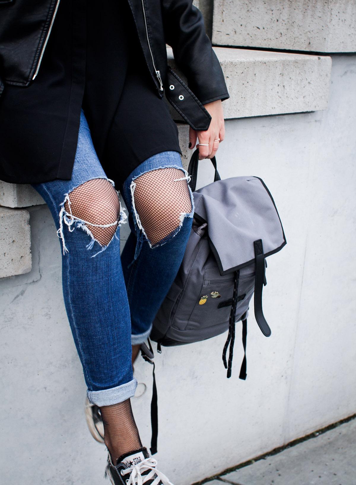 ripped-jeans-netzstrumpfhose
